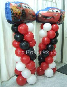 Columnas para entrada cumpleaños temático de Cars