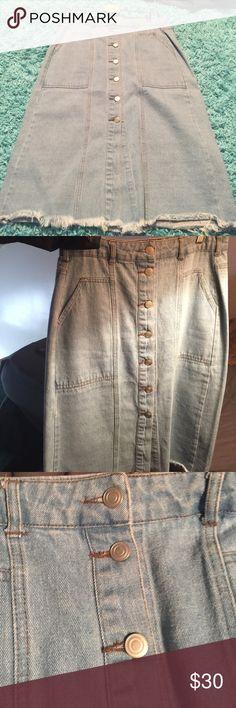 Denim pencil skirt Denim button down pencil skirt size L Sans Souci Skirts