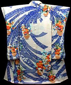 1 post published by Wafuku - the Japanese kimono comes west on October 2009 Japanese Costume, Japanese Kimono, Japanese Design, Japanese Art, Costumes Japan, Furisode Kimono, Paris Couture, Kimono Design, Kimono Fashion