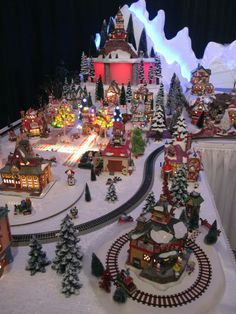 35 Stunning Christmas Village Display Ideas For Home Decoration - You can make embellishments and accessories for your Christmas village scene and make it more personal and unique. Have some fun creating decorations . Christmas Tree Village, Christmas Town, Christmas Villages, Noel Christmas, Vintage Christmas, Christmas Ornaments, Christmas Mantles, Halloween Village, Silver Christmas