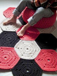 11-tapete-hexagono-croche