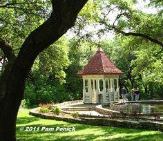 Zilker Botanical Garden, Austin, TX - while away the afternoon