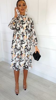 Lina High Neck Midi Shift Dress at ikrush Spring Fashion Casual, Casual Summer Dresses, Simple Dresses, Look Fashion, Cute Dresses, Casual Dresses For Women, Lolita Fashion, Party Dresses, Classy Work Outfits