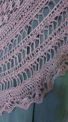 Ravelry: Yasmine Shawl pattern by Rebecca Velasquez
