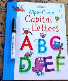 Călători printre cărți: Usborne Wipe - Clean Capital Letters