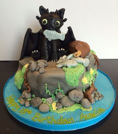Toothless 'How to train your Dragon' cake