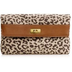 Brompton clutch in safari cat (3.960 RUB) ❤ liked on Polyvore featuring bags, handbags, clutches, purses, bolsas, fold over handbag, brown hand bags, brown handbags, animal print clutches and cat purse
