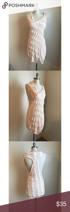 ❤️Anthropologie Sparrow Swim Cover-Up❤️ Excellent condition. Perfect for summer! Size medium. No rips, stains or tears. Anthropologie Swim Coverups