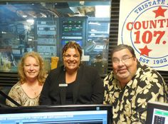 Nicole Vincenti James, Manager M&T Bank in Port Jervis on Chamber Matters, Saturday, July 5, 2014 at 8:00am. Nicole is your neighbor, friend and community banker. Thanks Nicole for coming on the show and we can't wait to have you back! Click the link to listen to the show: https://www.dropbox.com/s/qe6pz69dx4xizur/Knowles%20Media%20Robert%20Knowles%20%26%20M%26T%20Bank%20Nicole%20James%207-5-14.mp3