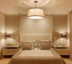 Como iluminar um quarto escuro. O planejamento da iluminação em um quarto é importantíssimo para poder conseguir aproveitar todo o potencial do espaço e também para reforçar a sensação de conforto que se pretende neste cômodo. Ilumi...