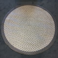 Specialdesignet sisal tæppe. Håndlavet i Europa
