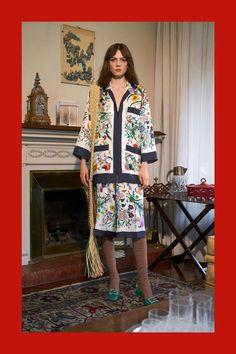 Gucci Pre-Fall 2018 Collection Photos - Vogue