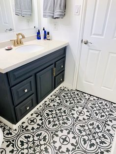 Bathroom Decor black and white Black and white tile I Geometric Tile I Bathroom renovation I Painted Bathroom Vanity I Merola Tile I White Mosaic Tiles, White Bathroom Tiles, Bathroom Floor Tiles, Small Bathroom, Master Bathroom, Boho Bathroom, Bathroom Canvas, Vanity Bathroom, Bathroom Cabinets