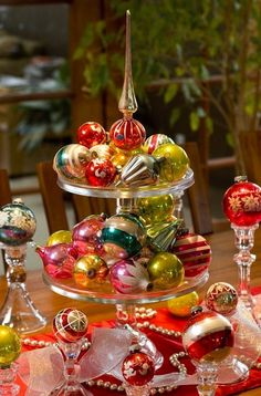 christmas table settings | Last-Minute Christmas Table Setting Ideas for your Dinner | Home ...