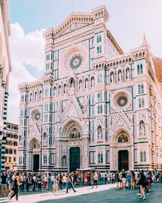24 Hours in Florence, Italy - Passion Passport Tickets To Italy, Places To Travel, Places To Go, Travel Destinations, Italy Architecture, Cultural Architecture, Landscape Architecture, Italy Street, Places In Italy