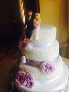 - the detail on the wedding dress is amazing! Cake Blog, Detail, Wedding Dresses, Amazing, Desserts, Inspiration, Food, Bride Dresses, Tailgate Desserts