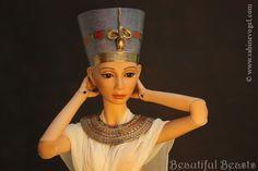 Nofretete Nefertiti by Sabine Vogel