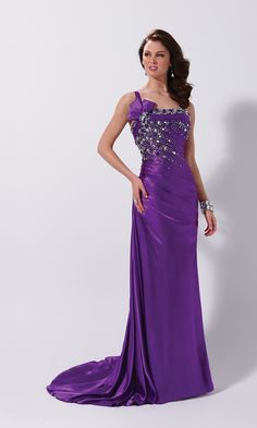 ad41d245ba 98 Best Prom Dresses images