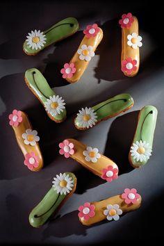 Les fleurs en azyme, un petit bijou de déco comestible ! #deco #cuisine #cupcake
