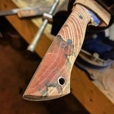 Pretty cool looking grain and spalting on the hackberry. Getting the handle shape roughed in with 120 grit. #knife #knives #handmade #hunting #camping #outdoors #edc #leather #leathercraft #blade #bushcraft #survival #tactical #knifepics #knifemaker #chicago