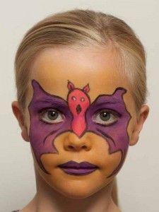 Kinderschminken Fledermaus oder Batmann - fertig