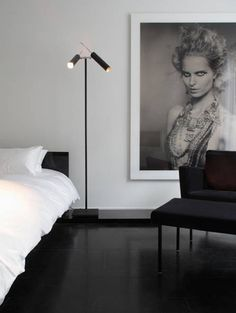 NEUTRAL HEAVEN - Interior Design and Mood Creation: Black & white photography as decor'