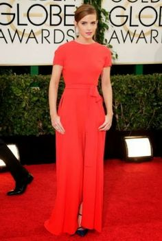 Fashionista Smile: Get Emma Watson's Look At The Golden Globe