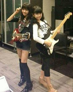 "Yui: ""Have a nice day !"" Moa: ""What do you think of Tina ? Female Drummer, Female Guitarist, Sakura Gakuin, Heavy Metal Music, One Ok Rock, Best Friend Pictures, Poses, Kawaii Girl, Kawaii Fashion"