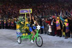 Cerimônia de abertura da Olimpíada - 5/8/2016 A modelo brasileira Lea T. foi a primeira transexual convidada para ter um papel de destaque no evento desde a primeira edição dos Jogosimagem: LEON NEAL/AFP