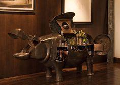 lalanne hippo bar