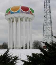 Worlds of Fun Water Tower Kansas City, Missouri. My first job was at Worlds of Fun. Worlds Of Fun, Around The Worlds, Great Places, Places To Go, Kansas City Missouri, Roadside Attractions, Water Tower, Water Tank, Great Memories
