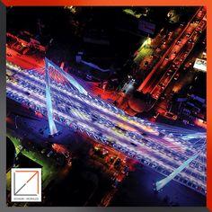 Vista nocturna Puente Matute Remus.  Diseño Arq. Miguel Echauri y Arq. Álvaro Morales.  Fotografía Carlos Díaz Corona.  www.echaurimorales.com