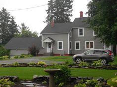 Circle garden & house