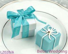 「何かブルー」 ギフトボックスキャンドル       http://aliexpress.com/store/product/Wedding-Dress-Tuxedo-Favor-Boxes-120pcs-60pair-TH018-Wedding-Gift-and-Wedding-Souvenir-wholesale-BeterWedding/512567_594555273.html    #結婚式の好意 #結婚式のお土産 #パーティの贈り物 #partysupplies      纯欧式, 专属于你的结婚回赠小礼物,上海婚庆用品批发    上海倍乐婚品 TEL: +86-21-57750096