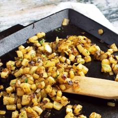 Low-Carb Home Fries. Delicious Low Carb and Paleo Homefries made with a Daikon Radish. Side Recipes, Keto Recipes, Healthy Recipes, Keto Foods, Brunch Recipes, Radish Recipes, Potato Recipes, Daikon Recipe, Easy Freezer Meals