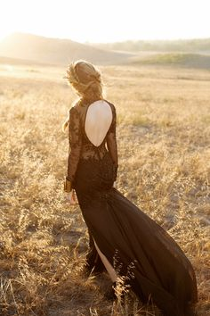 black wedding dresse