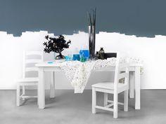 Bílý nábytek do jídelny z masivného borovicového dřeva, která prosvětlí Váš domov. Sweet Home, Vanity, Dining Table, Mirror, Furniture, Home Decor, Dressing Tables, Powder Room, Decoration Home