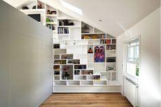Trap gemaakt uit legplanken - zoldertrap inspiratie