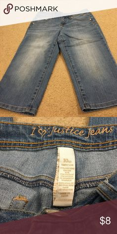 Girls Justice Bermuda Shorts Girls Bermuda Denim shorts in excellent condition. No stains or tears. Size 10 1/2. Justice Bottoms Shorts