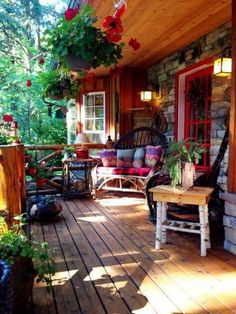 ✓ 75 Rustic Farmhouse Front Porch Decorating Ideas - We have now some concepts for simple and reasonably priced vintage farmhouse decor, you may wish to perceive the place it's attainable to search out these items. Vintage Farmhouse, Farmhouse Style, Modern Farmhouse, Farmhouse Design, Farmhouse Ideas, Farmhouse Decor, Cottage Design, Vintage Country, Vintage Decor