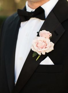 wedding boutonniere idea; photo: Nancy Aidee Photography