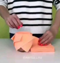 - The Effective Pictures We Offer You About diy crafts A quality picture can tell you many things. Paper Flowers Craft, Paper Crafts Origami, Paper Crafts For Kids, Paper Roses, Flower Crafts, Diy Flowers, Diy Crafts Hacks, Diy Home Crafts, Craft Videos