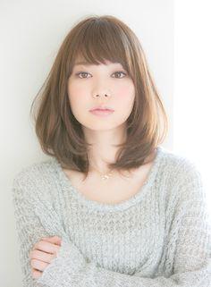大人可愛い艶ボブ×抜け感スタイル(髪型ミディアム)