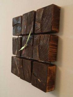Делаем оригинальные настенные часы из деревянных блоков
