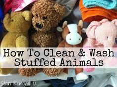 How to instructions for cleaning and washing stuffed animals using the washing machine, hand washing and spot cleaning (with homemade cleaning recipe too!), and how to dry them as well. {on Stain Removal 101}