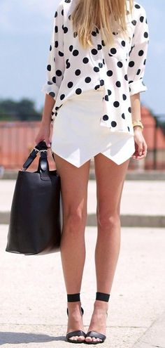 Culotte Shorts Mini Skort colors available) Polka dots and style Fashion Mode, Look Fashion, Womens Fashion, Mode Style, Style Me, Polka Dot Summer Dresses, Culotte Shorts, Zara Shorts, Summer Outfits