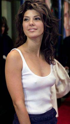 Marisa Tomei at age 54 Beautiful Celebrities, Beautiful Actresses, Gorgeous Women, Beautiful Beach, Marisa Tomei Hot, Jolie Photo, Sexy Outfits, Sexy Women, Elegant Woman