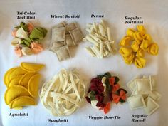 Give your little one a variety of pasta to cook with in their little kitchen. This set comes with all varieties of -Ravioli wheat -Ravioli regular -Spaghetti -Tri Color Tortellini -Tortellini regular -Veggie bow tie noodles -Penne -Agnolotti ** Felt Penne, Tortellini, Easy Felt Crafts, Felt Diy, Ravioli, Bow Tie Noodles, Felt Food Patterns, Pretend Food, Pretend Play