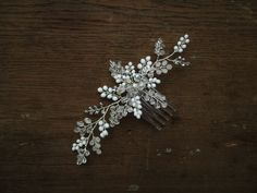 svatební hřebínek Diamond Earrings, Brooch, Jewelry, Jewlery, Jewerly, Brooches, Schmuck, Jewels, Jewelery