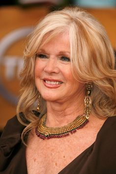 Connie Stevens before James Stacy, Connie Stevens, Sandra Dee, Stars Then And Now, Bride Of Frankenstein, She Movie, Aging Gracefully, Celebs, Celebrities